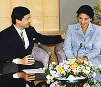 Утешаемая мужем и родителями, в 2004 г. Масако на месяц скрылась в горном домике своих родителей