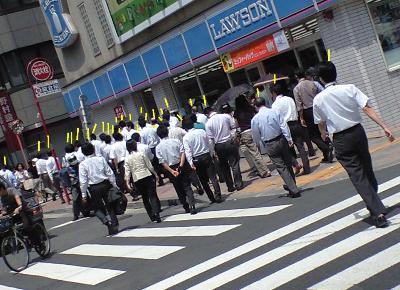 Саларимен: планктон японских офисов